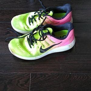 Nike run easy